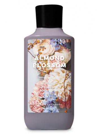 Лосьйон Almond Blossom від Bath and Body Works