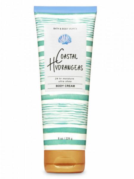Крем для тела с маслом ши Coastal Hydrangeas от Bath and Body Works